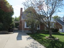 1808 E Dorothy Ln, Kettering: 3BR, 2BA, walkout bs in Wright-Patterson AFB, Ohio