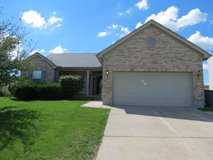 6803 Belleglade Dr, Huber Hts: 3BR, 2BA, Garage in Wright-Patterson AFB, Ohio