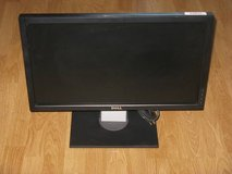 "Dell P2210HC 22"" WideScreen LCD Flat Panel Monitor in Camp Pendleton, California"