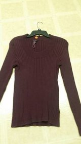 Ladies Apt. 9 sweater in Temecula, California