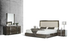 "Grey/Brown ""Cape Cod"" 5 pc Bedroom Set in San Clemente, California"