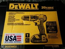 dewalt dcd785c2 20v max lithium ion compact 1.5 ah hammer drill/driver kit in Yorkville, Illinois