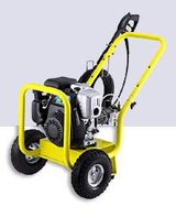 Karcher 2400 Psi Pressure washer in Fort Campbell, Kentucky