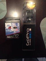 Go Pro Session Unopened w/32 GB card in Fort Rucker, Alabama