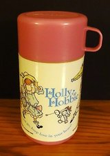 Holly Hobbie Thermos Aladdin Industries © 1989 Nice Condition in Chicago, Illinois