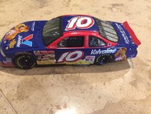 Johnny Benson #10 1/24 Fozzie Bear 2002 Muppets car COLLECTIBLE !!!! LIKE NEW !!! in Morris, Illinois