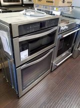 Whirlpool Microwave Oven Combination (Build-In) in Miramar, California