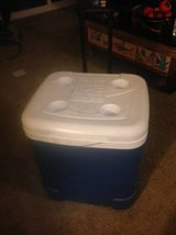 IGLOO Wheeled Chest Cooler in Roseville, California