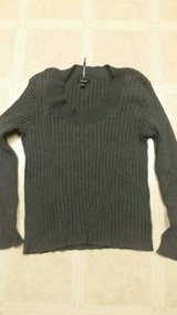 Nine and Company grey pullover sweater in Vista, California