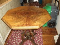 OCTOGON TIGER WOOD TOP EAST LAKE TABLE in Bartlett, Illinois