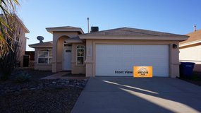 Beautiful 3 Bedroom Home in Great NE Area! in Fort Bliss, Texas