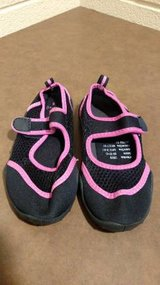 Sintetico Black and Pink Shoes (T=25) in Fort Campbell, Kentucky