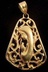 religious pendant 14kt gold in Kaneohe Bay, Hawaii