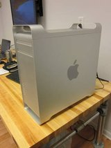 Apple Mac Pro A1186 2113 (2) 2.66 Dual Core Xeon 5150 6GB 2TB NVIDIA in Glendale Heights, Illinois