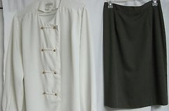 FREE Women's Size 12 (Fits like size 10), Briggs Warm Gray, Straight Pencil Skirt, Lined + Ivory... in Houston, Texas