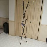 Metal tree branch coat rack hall stand in Algonquin, Illinois