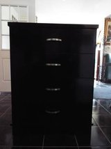 Chest of Drawers*Black*Four Drawers*Ex Cond in Fort Leonard Wood, Missouri