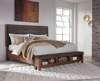 ** BRAND NEW ** ASHLEY QUEEN SOLID WOOD MODERN BED ** in Nashville, Tennessee