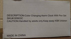 Color Changing Alarm Clock With Pen Set (T=46) in Fort Campbell, Kentucky