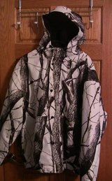 Field & Stream Men's XL Camo Hunting Jacket in Schaumburg, Illinois