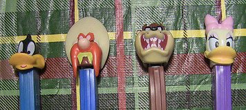 lot of 4 pez taz daffy duck yosemite sam daisy duck in Glendale Heights, Illinois