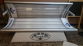 Puretan St. Croix II Tanning Bed LOW HOURS- 2 available in DeKalb, Illinois
