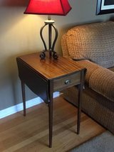 Drop leaf side table in Bartlett, Illinois
