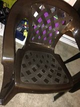 2 Hard Plastic weaved style lawn chairs pallet in Vacaville, California
