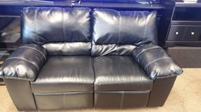 BLACK RECLINING LOVESEAT in Honolulu, Hawaii