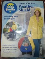 Baby Brella Infant Car Seat Weather Shield Water Resistant in Glendale Heights, Illinois
