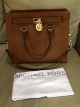 Michael Kors Large Hamilton Women's Handbag Tote Shoulder Bag in Chicago, Illinois