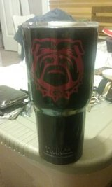 30oz Twin Peaks powder coated Bulldog tumbler in Byron, Georgia