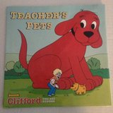 Vintage 2001 Clifford The Big Red Dog Teacher's Pets Hard Cover Book with Dust Jacket in Morris, Illinois