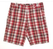 Old Navy Loose Fit Red Plaid Shorts Mens 32 in Morris, Illinois