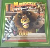 Madagascar Its A Zoo In Here! Children's Hardcover Book Ages 3-5 in Joliet, Illinois