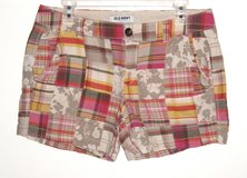 Old Navy Multi-Colored Plaid Floral Patchwork Shorts Womens 10 in Plainfield, Illinois