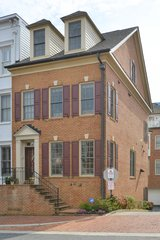 OLD TOWN LUXURY LIVING in Waldorf, Maryland