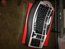 Microsoft Comfort Wireless Keyboard in Roseville, California