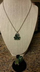 Frog design jewelry in Vista, California