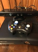 Reduced--XBox slim 360 250 GB drive with Kinect, wireless controller, games, and carrying case in Fort Hood, Texas