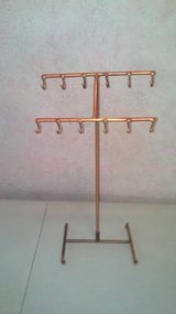 Copper Necklace Displays in Dothan, Alabama