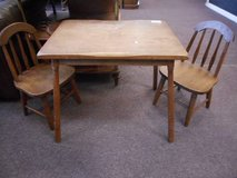 Vintage Kids Table and Chair Set in Elgin, Illinois
