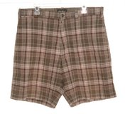 Eddie Bauer Linen Blend Olive Green Beige Plaid Shorts Mens Tag 36 Measures 37 in Yorkville, Illinois