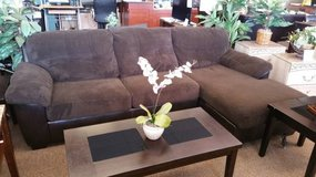 VANLEER CHOCOLATE SECTIONAL in Pearl Harbor, Hawaii