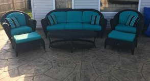 "6 piece ""Hampton Bay"" patio set in Bolingbrook, Illinois"