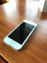 Apple iPhone 5s - Unlocked in like new condition in Naperville, Illinois
