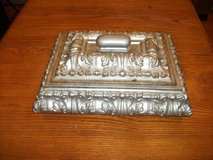 SILVER COMPOSITE JEWELRY BOX WITH LID in Bartlett, Illinois
