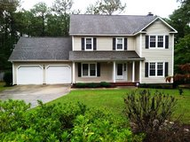 Beautiful 4 Bed, 2.5 Bath Home w/ Large Bonus Room in Fort Bragg, North Carolina