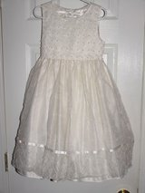 new white size 6  girls american flower first communion wedding dress clothing in Cochran, Georgia