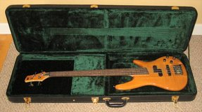 Ibanez Soundgear SR400 Electric Bass Guitar Natural Wood Finish + CASE in Aurora, Illinois